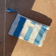 Y junto al Verano 🔅 llega la época de 🔹MONCHITOS🔹Para guardar las 👓 , la 😷 , como 👛, neceser, estuche, para la playa, campo y ⛰. ¡Para todo!PVP: 20€ (envío 📦 incluido)Edición Limitada.